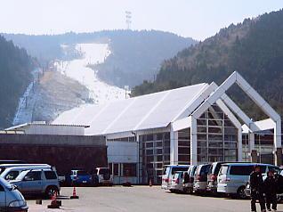天山 スキー 場